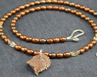 cast bronze leaf and brown pearl necklace, nature inspired jewelry, fall nacklace, pearl jewelry
