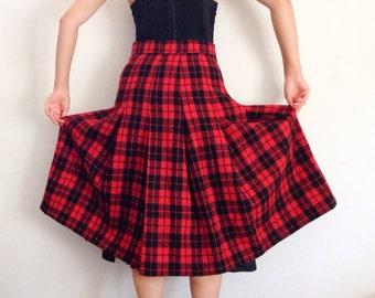 Women's plaid wool skirt size small