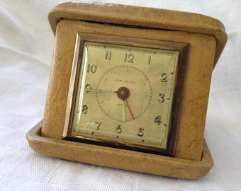 Vintage New Haven Travel Alarm Clock