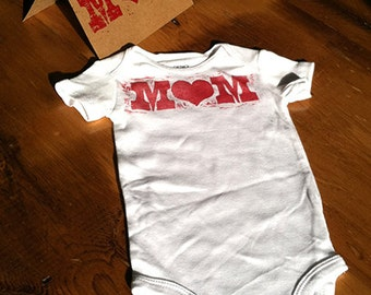MOM Onesie and Card Gift Pack