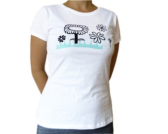 Flowers, t-shirt for women, organic cotton, size S. Screen printed by hand