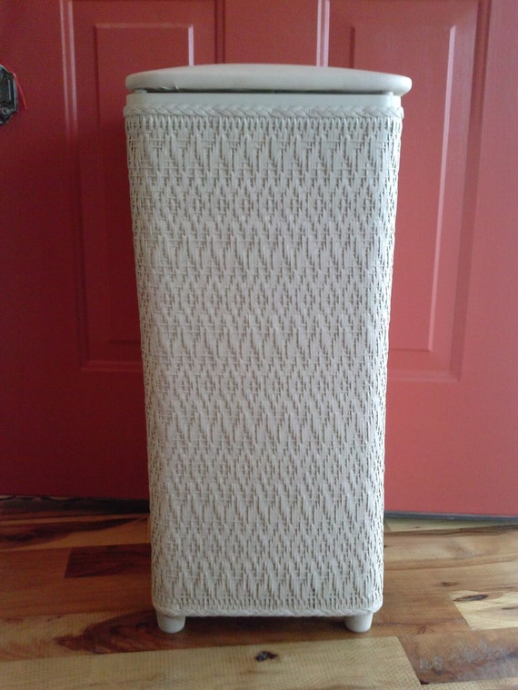 Vintage white wicker laundry basket shabby chic hamper linen White wicker washing basket