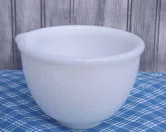 Vintage Glasbake Mixing Bowl/Vintage Sunbeam Mixing Bowl with Spout