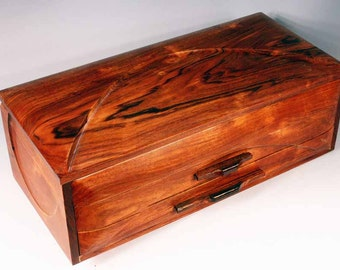 "Jewelry box - ""GRAND DUCHESS"" - (J2LpRW) -  in Padagonian Rosewood"