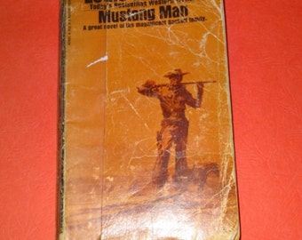 Louis l'amour books Mustang man and Fallon