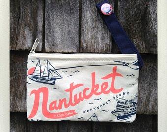 Nantucket Zip Pouch • Coral & Navy