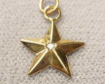 14k gold star  0.07ct diamond