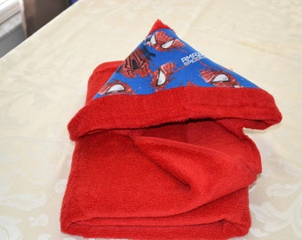Red and Blue Spiderman Print Toddler Hooded Bath Towel