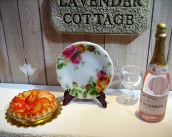 New Country Roses  Miniature Plate for Dollhouse 1:12 scale