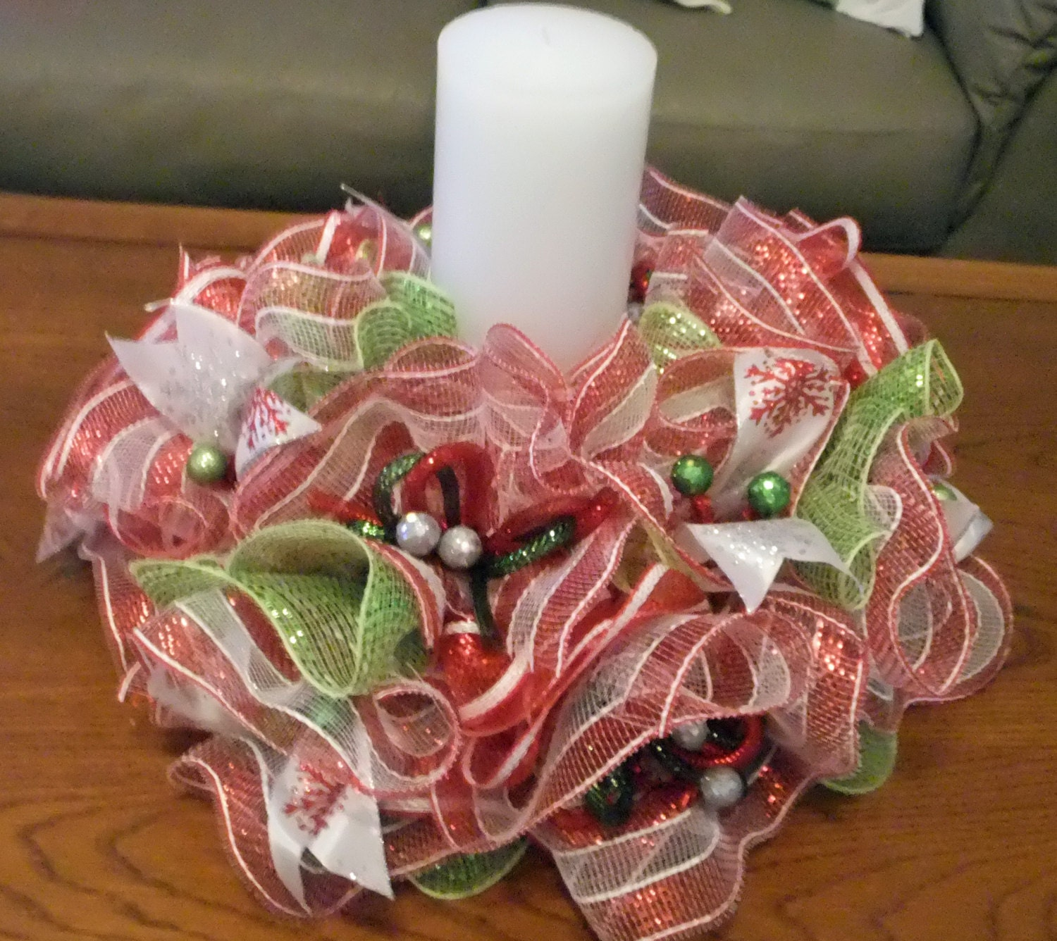 Deco mesh christmas centerpiece table wreath