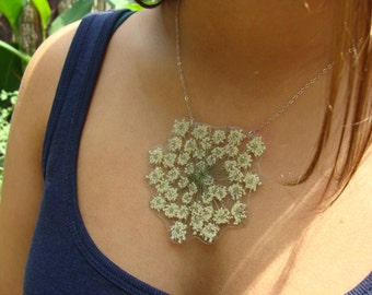 Pressed Large Queen Anne's Lace Necklace