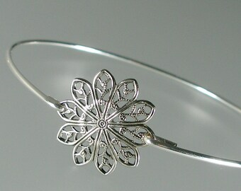 Silver Round Filigree Bangle Bracelet, Silver Bangle Bracelet, Silver Bracelet, Bridesmaid Jewelry, Bridal Party (160S,)