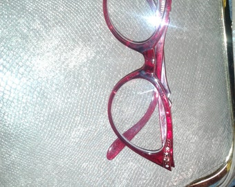 red cateye glasses pinup