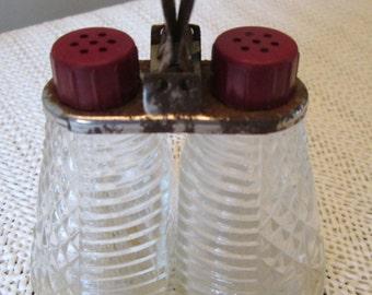 Vintage Salt and Pepper Shakers, Diamond Pattern, Housewares, Kitchenware