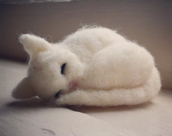 Sleeping Kitty - Needle Felted Cat