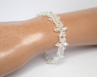 Wedding bracelet, beaded bridal bracelet, crystal flower bracelet, brides bracelet, bridesmaid bracelet, crystal bracelet, floral bracelet