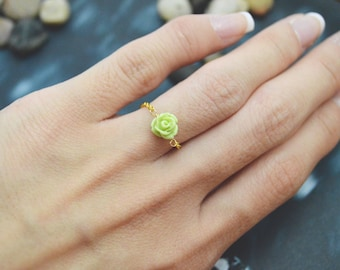 Green rose flower cabochon chain ring E-035