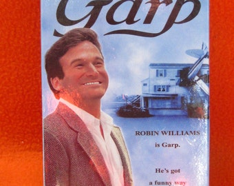 ROBIN WILLIAMS 1982 VHS Tape-The World According to Garp-Warner Brothers Movie New in Original Package