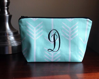 Personalized monogrammed Makeup, cosmetic bag, zipper pouch, bridesmaid clutch - Mint Green Arrows