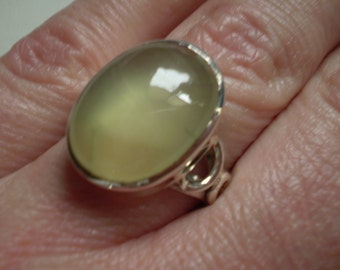 Green Prehnite 925 Sterling Silver Ring Size 7.25