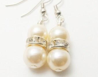 5 Pair Ivory Bridesmaid Earrings / Pearl and Rhinestone Earrings / Set of 5 Bridesmaid Earrings / Ivory Pearl Earrings / Earrings Wedding