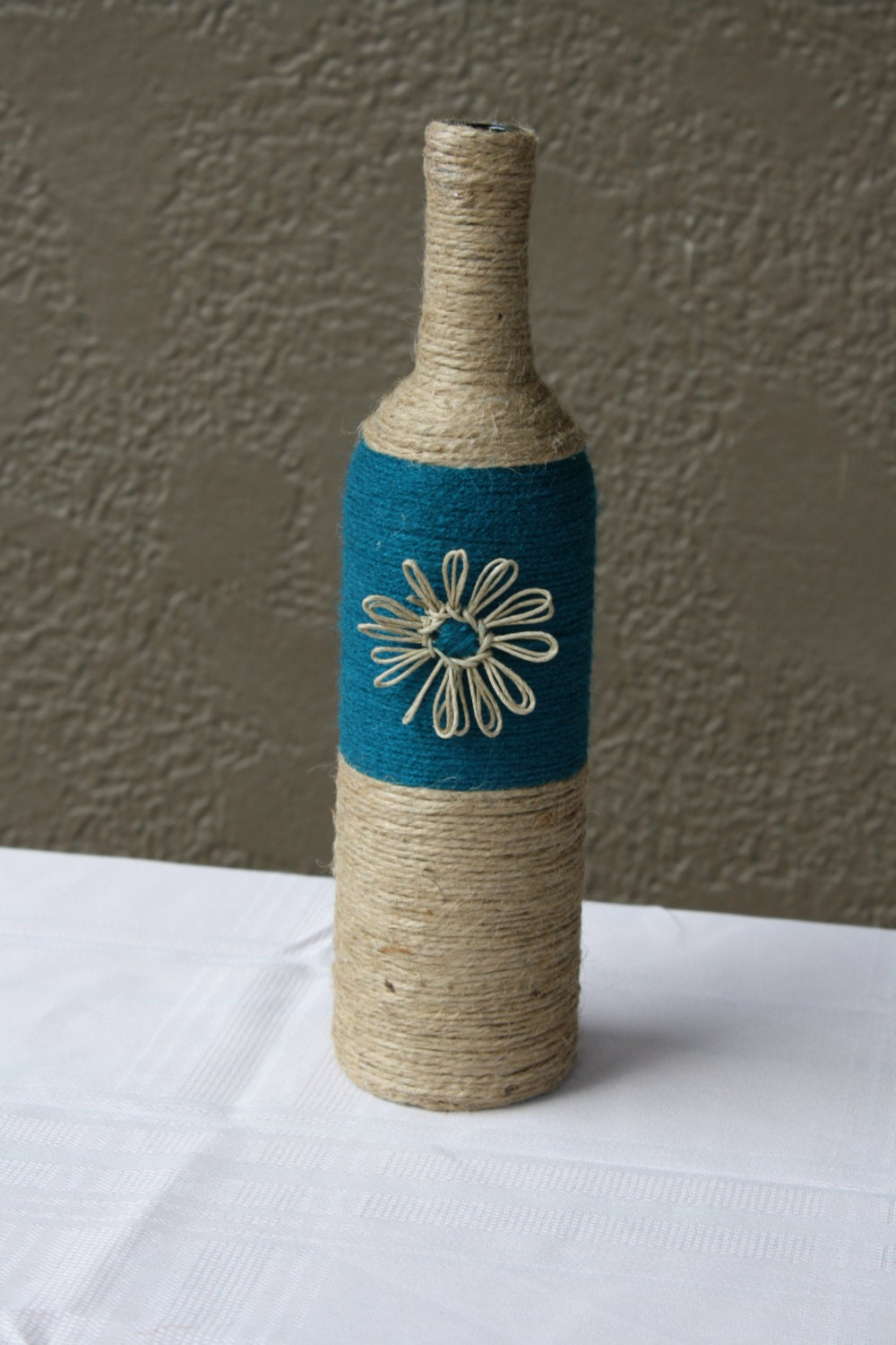 How to Make A Twine-Wrapped Wine Bottle Vase |Twine Covered Wine Bottles