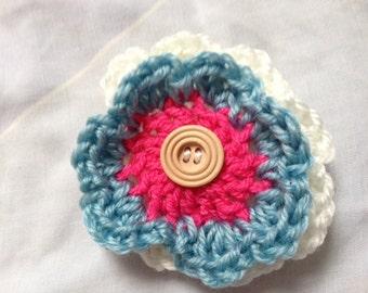 White Brooch, Blue Brooch, Pink Brooch, Crochet Brooch, Yarn Brooch, Wool Brooch, White Yarn Brooch, White Wool Brooch, Blue Wool Brooch