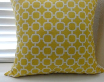 18x18 Yellow/White Pillow Cover.