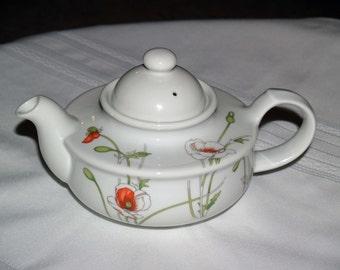 Vintage Prelude Toscany Teapot