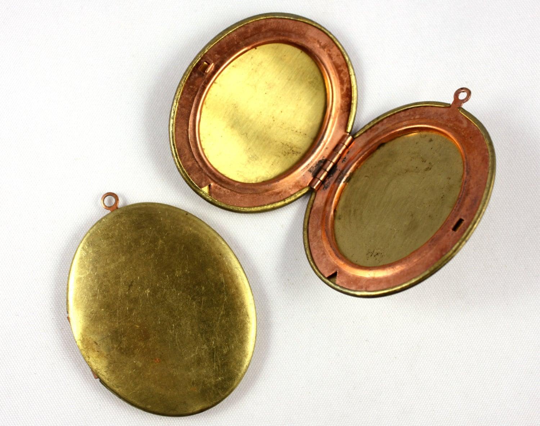 Vintage Brass Lockets 86