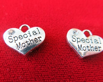 """5pc """"Special mother"""" charms in antique silver style (BC269)"""