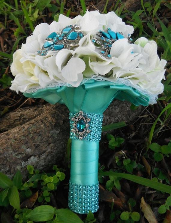Tiffany blue wedding, Sweet 16 Bouquet,  bridal brooch, Turquoise crystal brooch bouquet, Wedding blue, Something blue, Bridal blue
