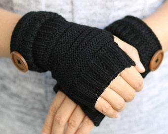 Black   mittens