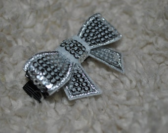 Ribbon Bow hair clip - Gray Sparkle Bow - ClipItUp