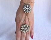 Gorgeous Embellished Flower Pendant Slave Bracelet, Gatsby Style, Retro Style, Hand Jewelry, Hand Accessory
