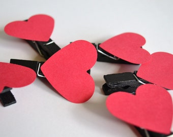 red heart hand-painted mini clothespins- 6 clothespins