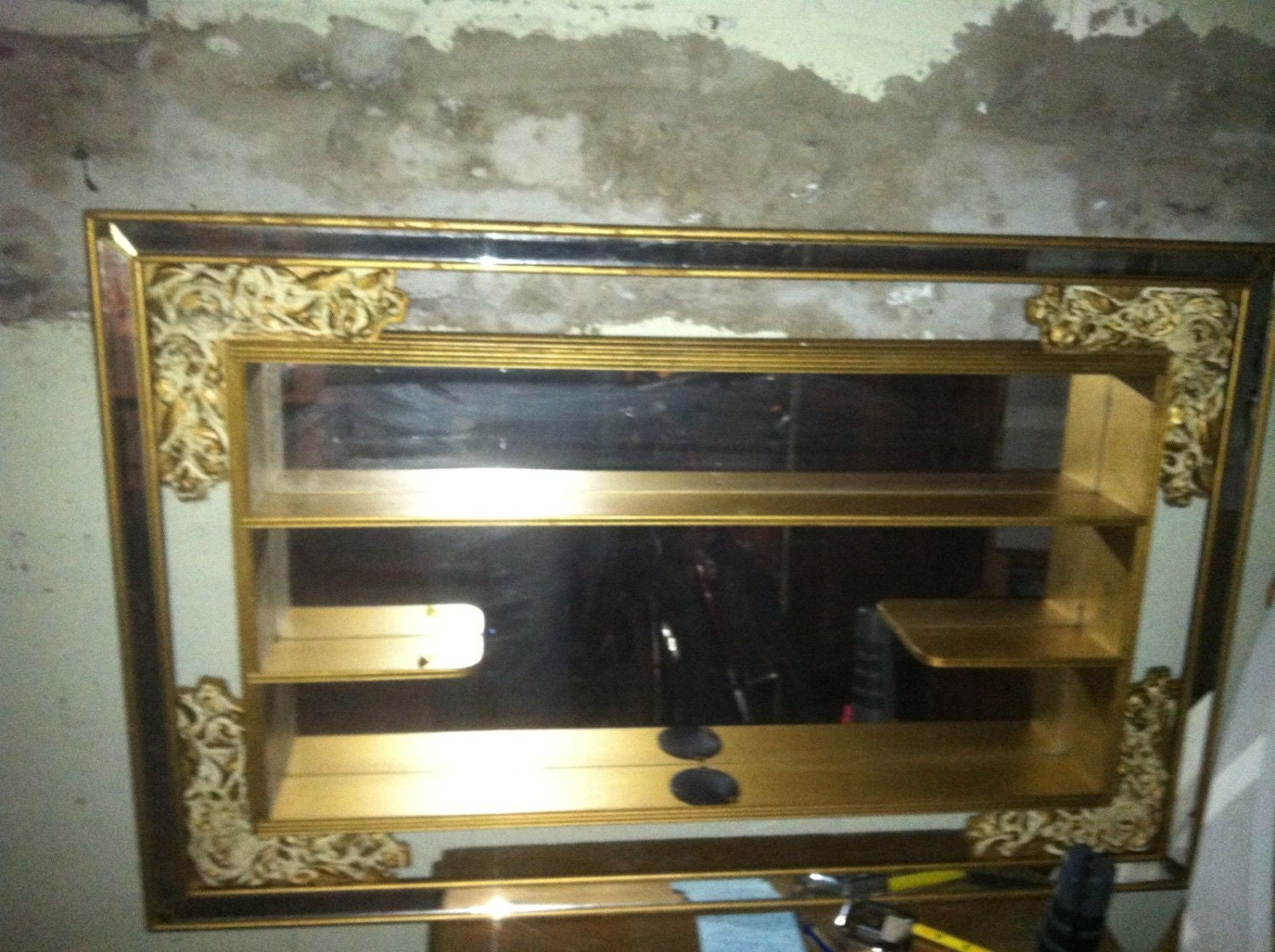 Vntg mid century wood mirrored shadow box display shelf for Mirrored box shelves