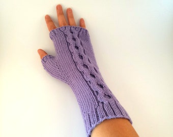 Long Wristed Chain Cable Mittens Knitting Pattern for Women, Seamless, Long or Medium Wrist Length.