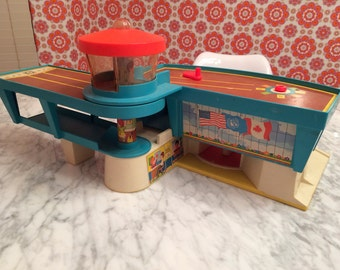 Vintage Fisher Price Airport, Little People, 1970's