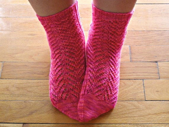 Ankle Sock Knitting Pattern : Items similar to Lace ankle socks PDF knitting pattern - top down, heel flap,...