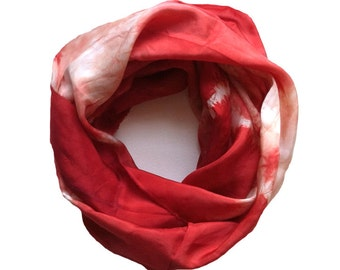 Scarf. Red White Infinity Silk Scarves in the Resist Pattern. Handmade. Modern Tie Dye. Tie-Dye. Figure Eight Scarf. Simple, Elegant Cowl.