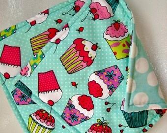 Fabric Potholders, Set of 2 Scrumptious Cupcake Potholders, Cupcake Kitchen Decor, Cupcake Hot Pads, Aqua Pink Kitchen Decor, Cupcake Decor