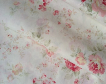 """Half Yard of Lecien Durham Quilt Collection Faded Roses on Light Cream Background. Approx. 18"""" x 44"""" Made in Japan"""