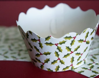 12 Christmas holly and berries cupcake wrappers