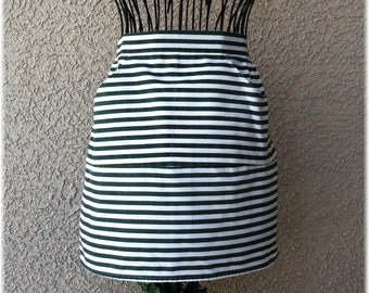 GREEN HORIZONTAL STRIPED - Half Apron Size 12