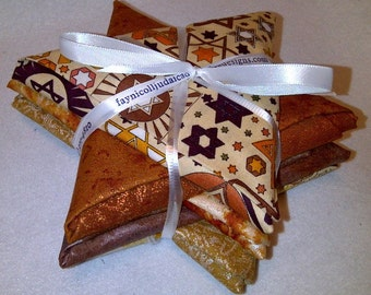 Jewish Fat Quarter Bundles - Beige Tones & Metallic Fabric