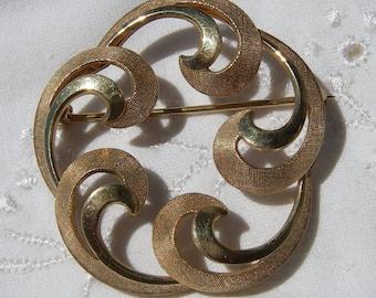 Vintage Gold Brooch, Van Dell 1/20th 12K GF Circle Swirl Brooch / Pin, Vintage Gold Jewlery, Van Dell Brooch, Vintage Jewelry