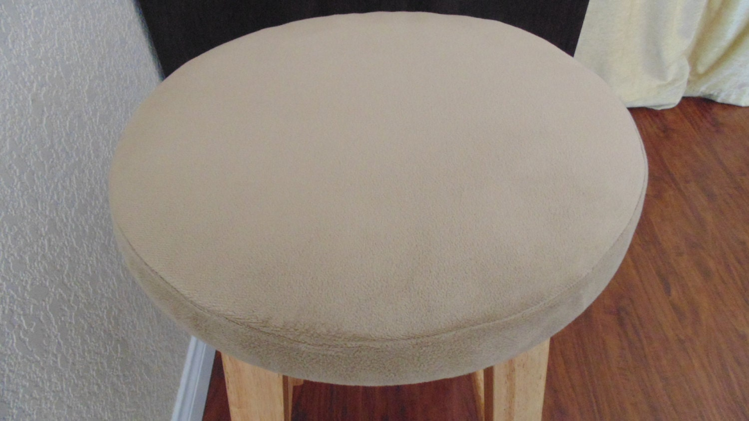 Bar Stool CoverTan Velvet 12131415round by BestFit on Etsy : ilfullxfull609100381tqym from etsy.com size 1500 x 844 jpeg 195kB