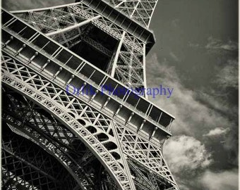 Eiffel Tower, black and white, detail 3
