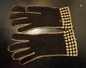 1940's Gloves black and white crochet  made in France